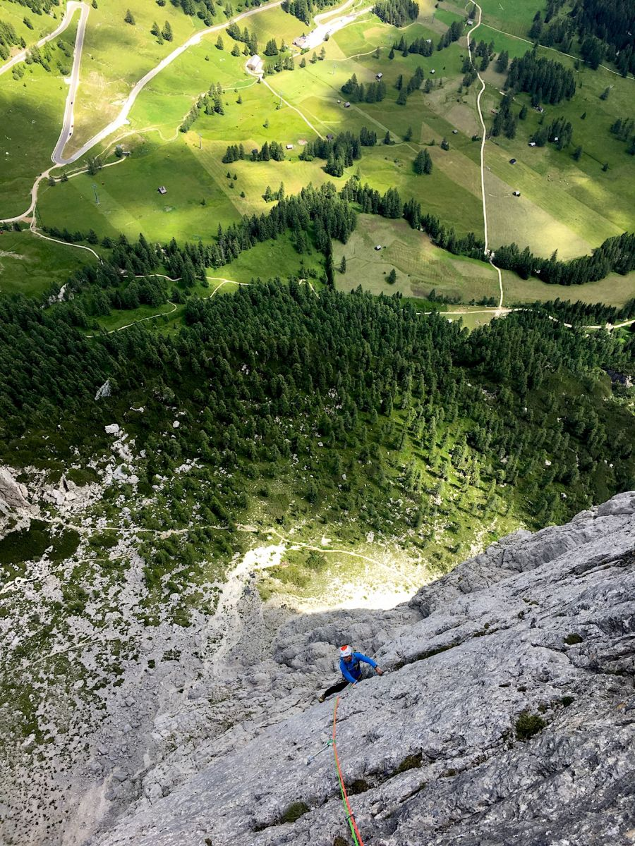 paragliding,rockclimbing,hikeandfly,mountainguide,dolomites,sellatowers,canazei,ramsau,dachstein,chamonix,annecy,parapente,tandem,guide haute montagne, escalade,stage,vol,bivouac
